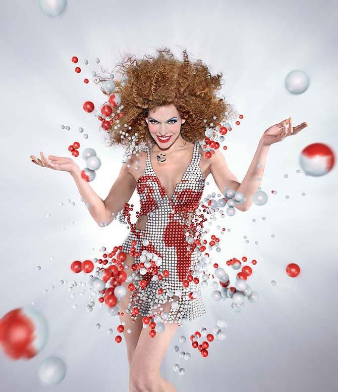 Милла Йовович в календаре Campari 2012