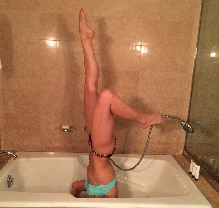 Девки фото в ванной