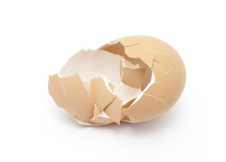 Как очистить яйцо