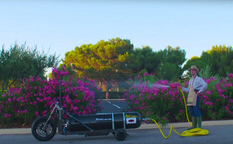 Водный трицикл