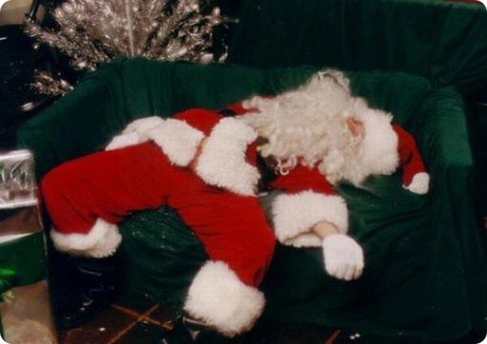 Ужасные Деды Морозы (48 фото)