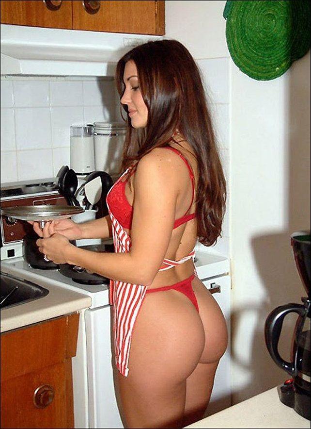 домашние интимные огромные жопы на кухне позади