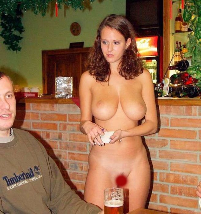 Смотреть порно пышногрудая барменша