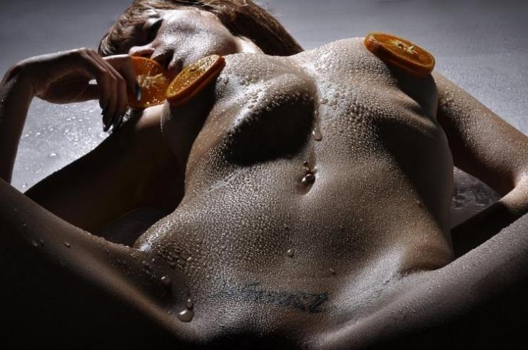 fotografii-nog-lesbiyanok